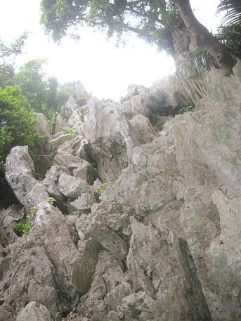 岩 → 空