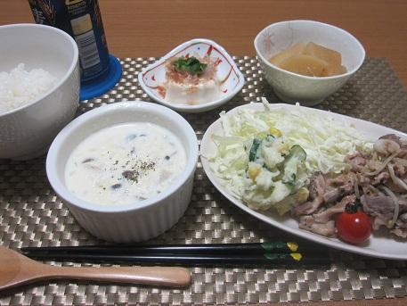 24日 生姜焼き 大根の煮物 コーンスープ 冷奴