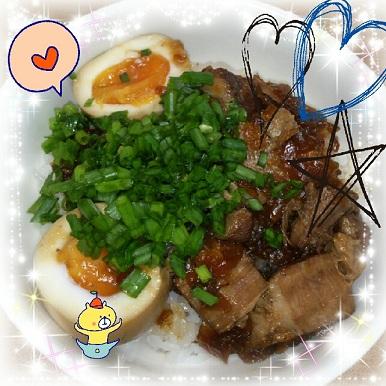 23日 チャーシュー卵丼