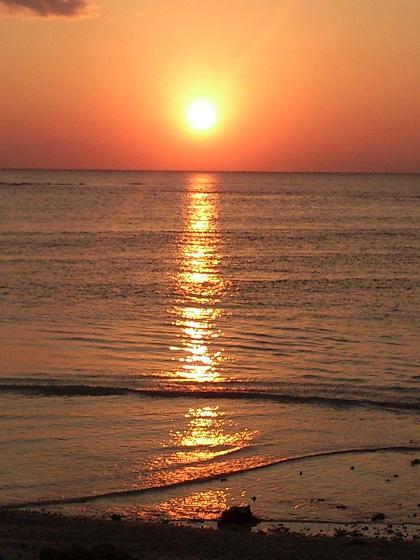 ギンギンぎらぎら夕日が沈む・・・