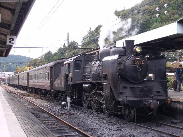 C56形蒸気機関車 千頭駅にて