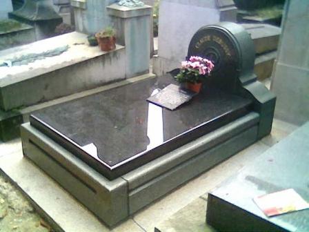 Grave de Debussy