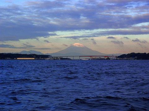 相模湾越しの富士山