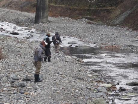 冬期釣り場中流_R