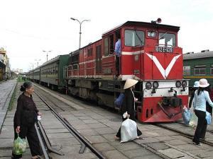 ベトナム 列車