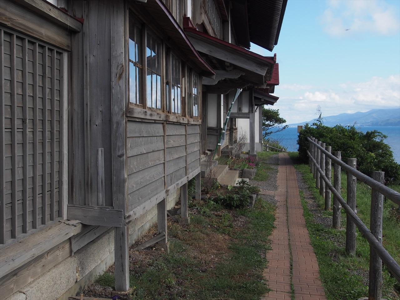 小樽市鰊御殿の入り口通路