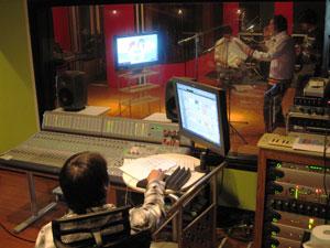 録音機材を操るミュージックスペースKさん