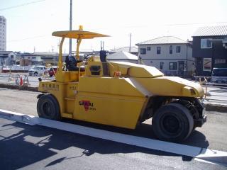 酒井重工業 タイヤローラ TZ701