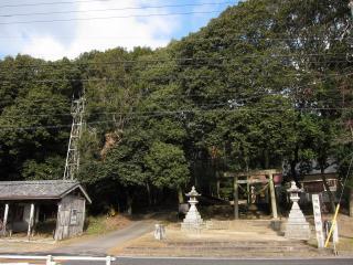 茅原沢神明宮と茅原沢町新井の火の見櫓