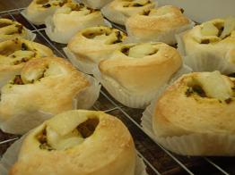 カレーロールパン
