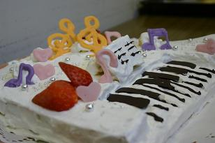 piano cake2