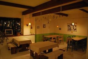 ダチョウ牧場オーチャードグラスカフェレストラン店内