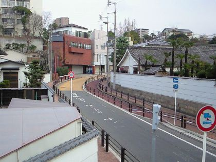 gakuensaka02.jpg