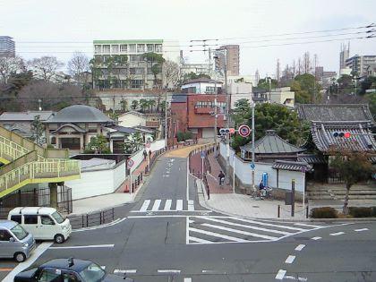 gakuensaka03.jpg