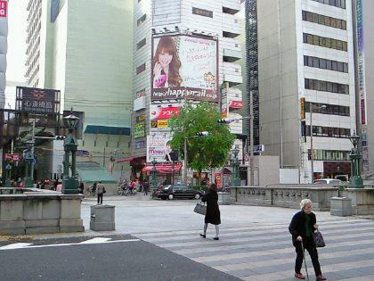 shinsaibashi111201-03.jpg