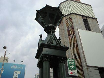 shinsaibashi111201-06.jpg