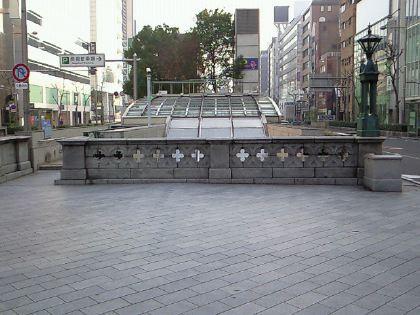 shinsaibashi111201-18.jpg