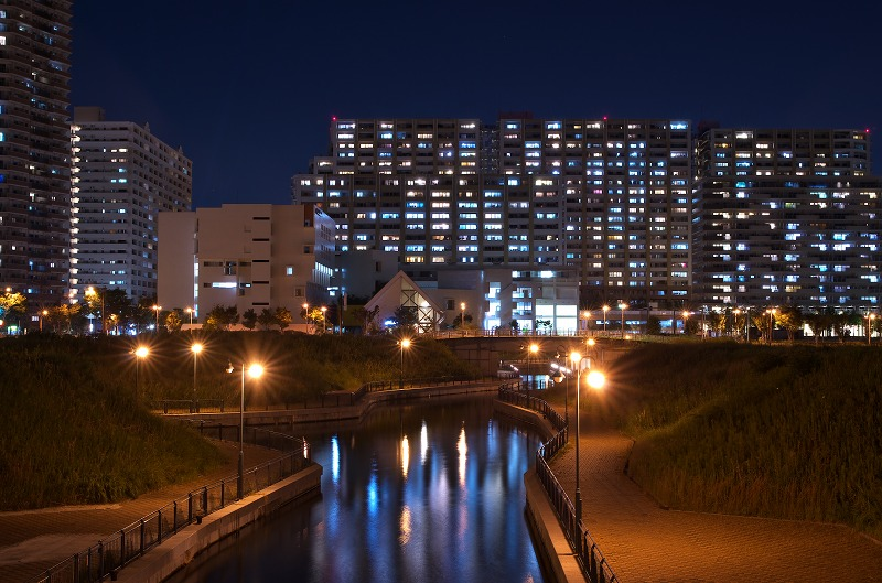 皆既月食 2014 大阪府咲洲庁舎 コスモタワー
