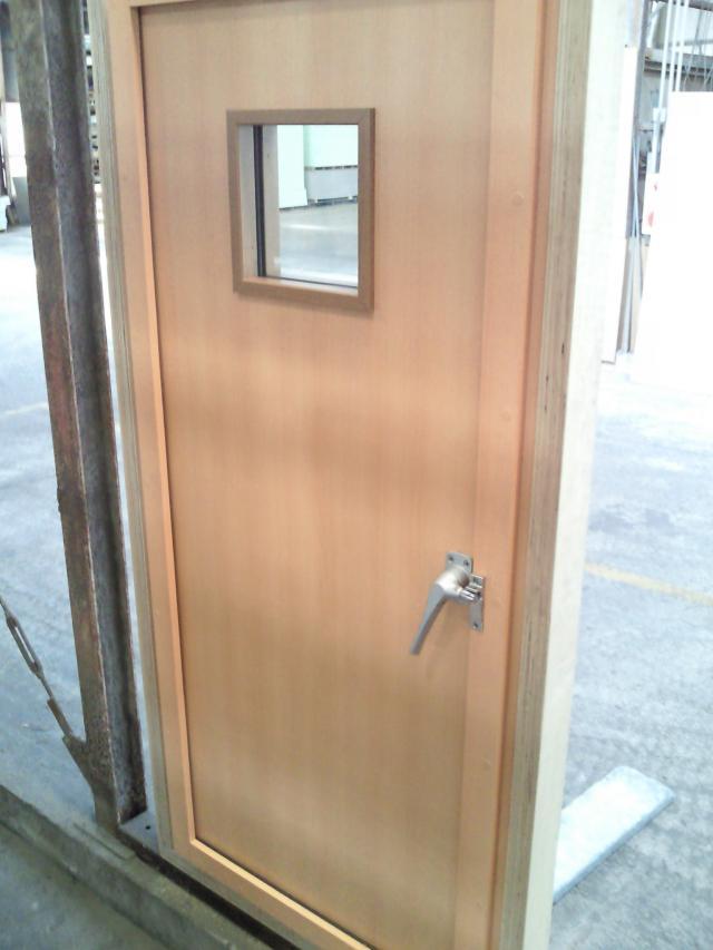 door-3-r