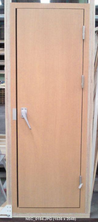 H-TEI DOOR-1