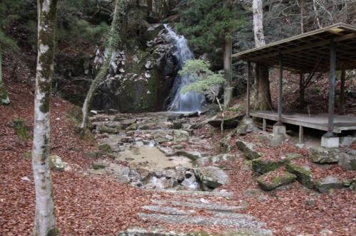 寿老滝全景