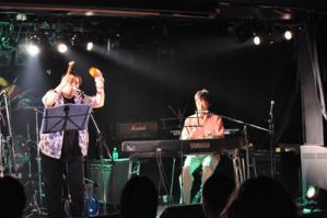 プラスティック・ウエノ・バンド6