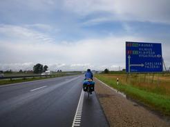 810カウナスへの道 ほとんど高速道路_サイズ変更