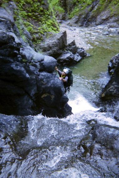 2014-09-25_35 魚止め滝上流5m滝_サイズ変更