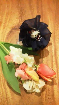 お花と子供コサージュ