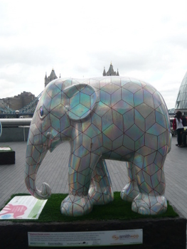55,Cubelephant (2)