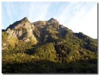 朝焼けの山-2-