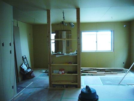 キッチンサイド柱加工1