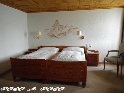 ホテルの部屋1