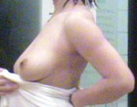 熟女 無修正 素人 ダルダルのパンティを穿いた熟女 五十路