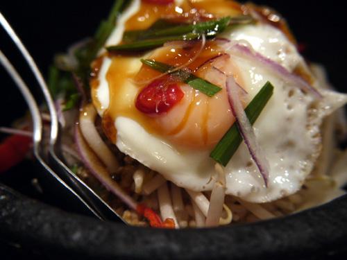 aCave アジアン食堂