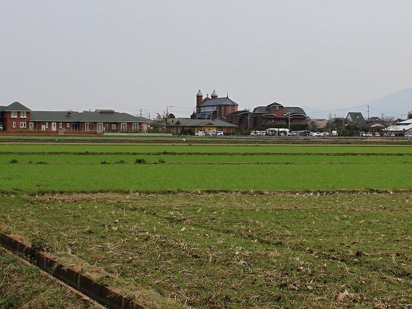 田んぼの中の今村教会