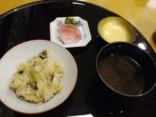 なだ万 ご飯 (2)