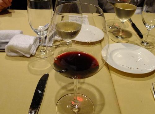 トモ赤ワイン1