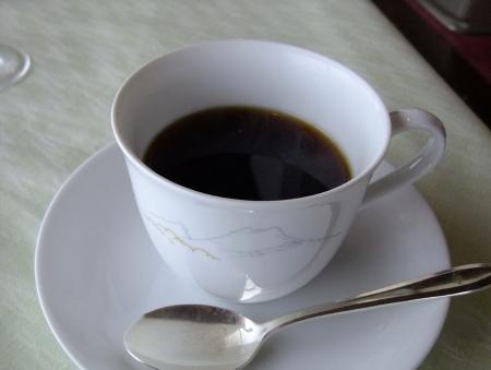 赤観洋朝食コーヒー