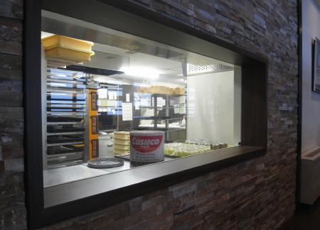 赤観カフェテラス厨房