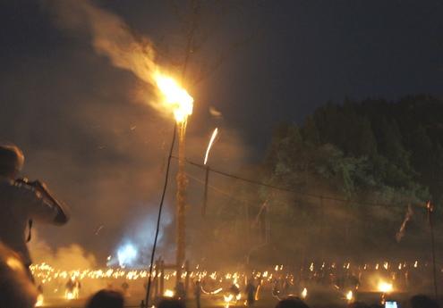 34)上空の炎