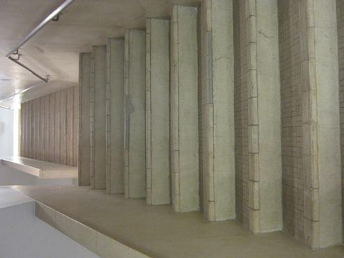 14)cocon 建物内部