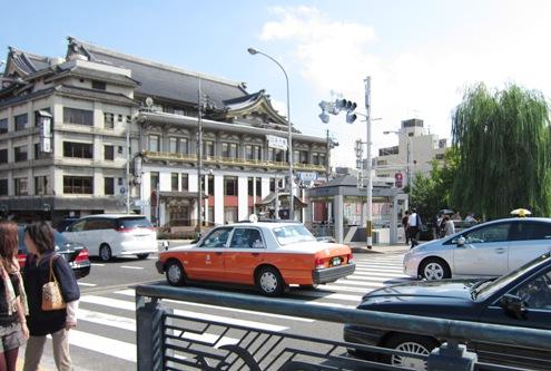 8)京都南座
