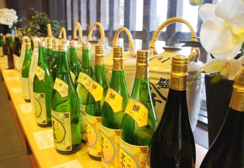 19)ずらりとお酒