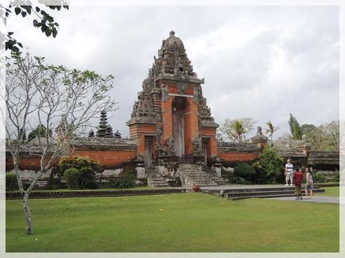 タマン・アユン寺院2