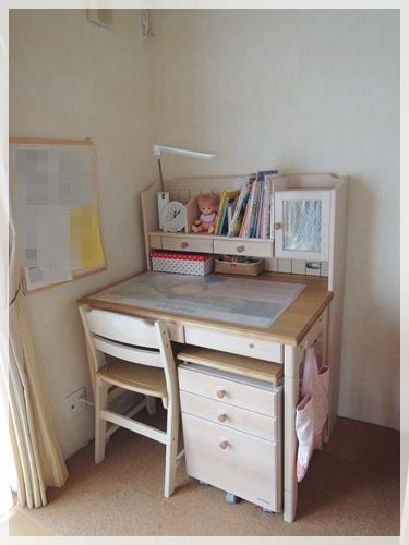 姪っ子の机AFTER