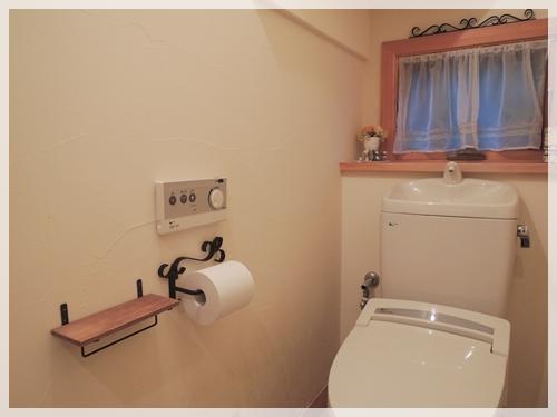 トイレに棚3