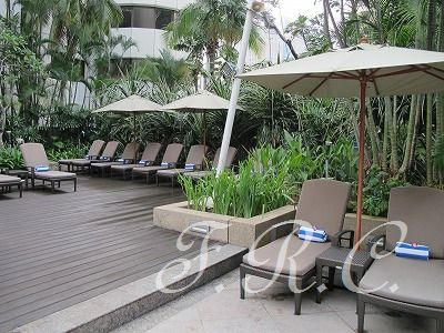 クアラルンプール シャングリラ ホテル (Shangri-la Hotel) のプール