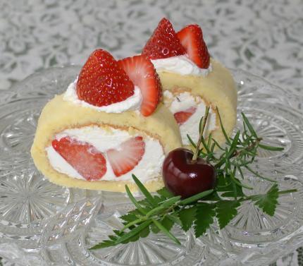 苺ロールcake