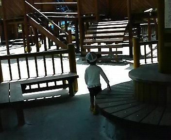 くにの松原キャンプ場の公園と蓮